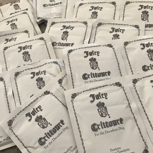 50 Juicy Couture Dog Cleansing Towelettes
